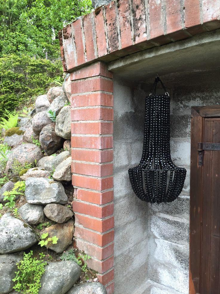 The Little Village: 1020 helmeä myöhemmin // 1020 beads later