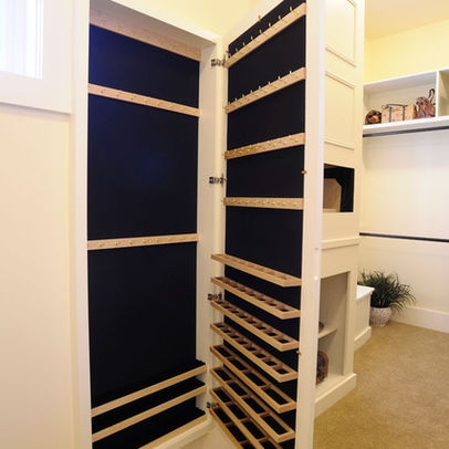 Good Jewelry Closet, Fantastic Idea For Shallow Space!