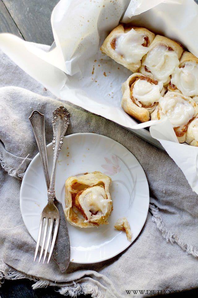 Pumpkin Pie Cinnamon Rolls | www.diethood.com | Cinnamon Rolls in under one hour made with refrigerated dough, a delicious pumpkin filling, and an incredible pumpkin pie spice cream cheese frosting! | #recipe #cinnamonrolls #pumpkin