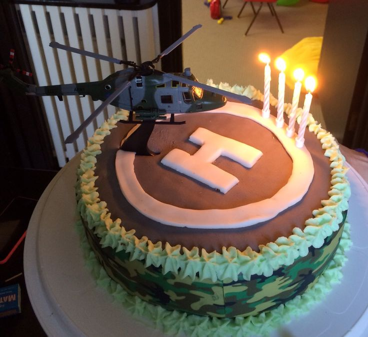 Army helicopter cake
