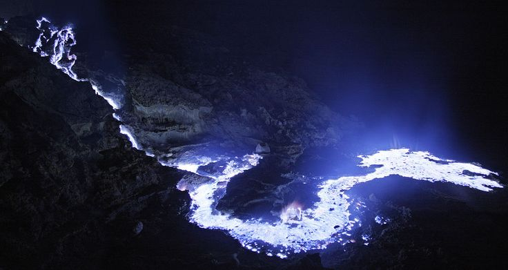 mount ijen at night pin from http://goo.gl/Y0rbKL