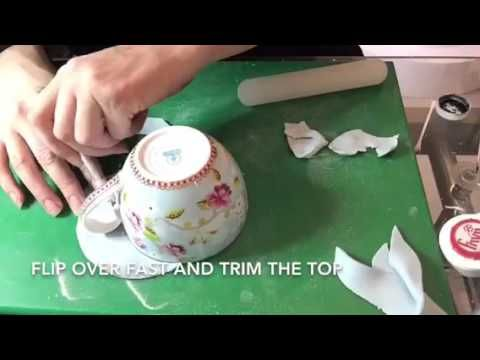 Teacups are hugely popular these days in the cake decorating world, and after…
