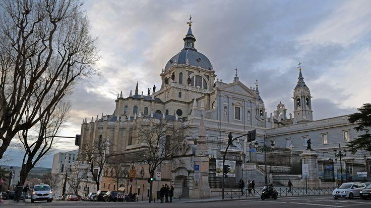 Madrid - Catedral de Santa María la Real de la Almudena