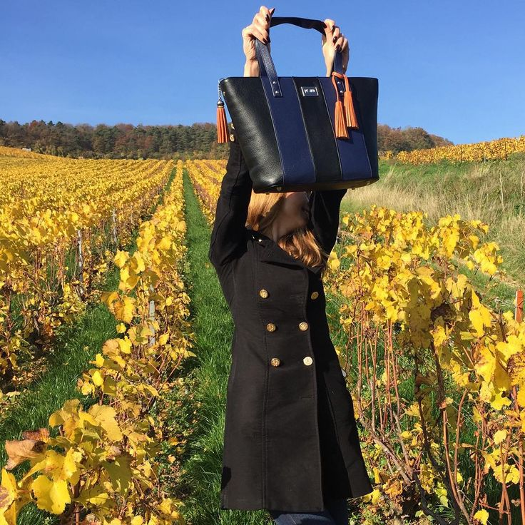 Dizaind tote bag Sofie at Champagne Tour in France. See the bag. http://bit.ly/1LLAqWV