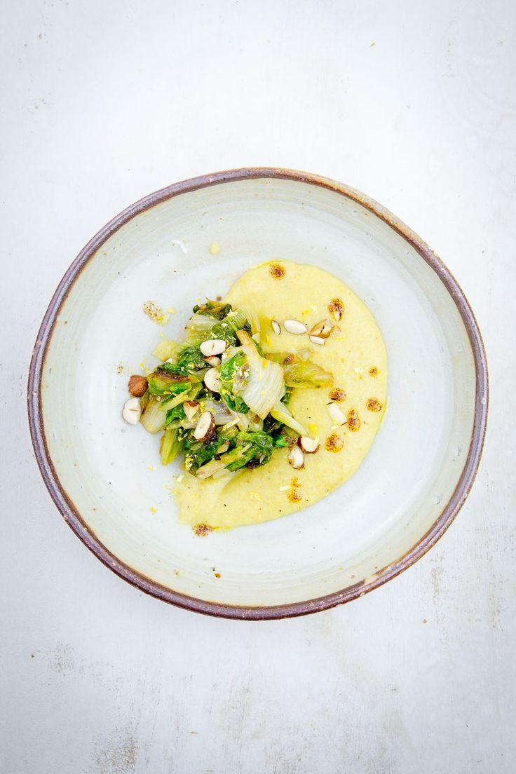 polenta, rendang, curry, endiviensalat, endivie, röstzwiebeln, röstzwiebelöl, haselnüsse, bergamotten, vegetarisch