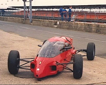"""Prowess Formula Ford. Prowess was an anagram of Hugo Spowers, the car's initiator. He also formed the """"Dangerous Sports Club"""". Focus was on aero but the driving position limited visibility. A flop but a heroic flop."""