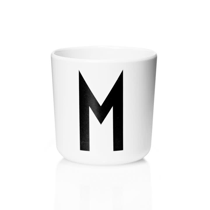 Design Letters - AJ Melamin Becher M