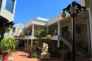 Suites Costa Blanca se encuentra en el corazón de Zona Hotelera, cerca de centros comerciales, centros nocturnos y restaurantes #Cancun #Mexico #Hoteles