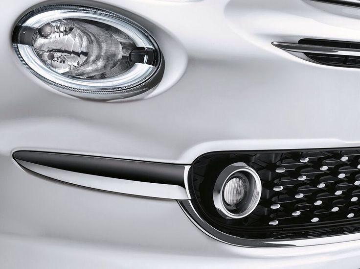 Wyrafinowany styl nowego Fiata 500 podkreślony detalami.