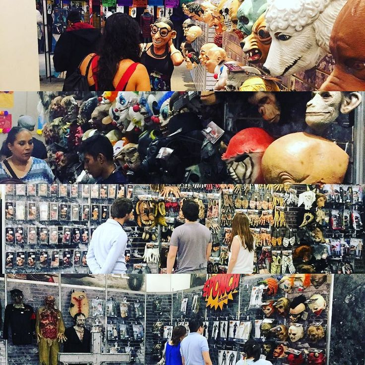 Showroom Halloween Ghoulish Productions and REV Company CDMX. #ghoulishproductions #halloween #halloweenmask #halloweencostume #halloweenparty #halloweenshow #mask #costume #cosplay #latex #latexmask #monster #spawn #mib #terminator #hellraiser #clown #skull #scary #pennywise #makeup #show #madeinmexico #caretasREV