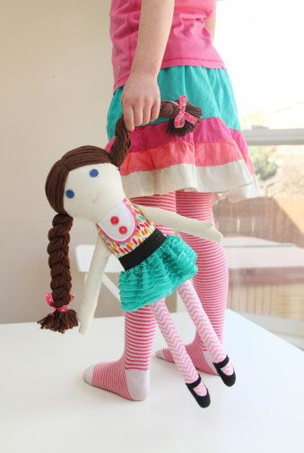 Fabric dolls for boys and girls (pattern included) from Make It & Love It