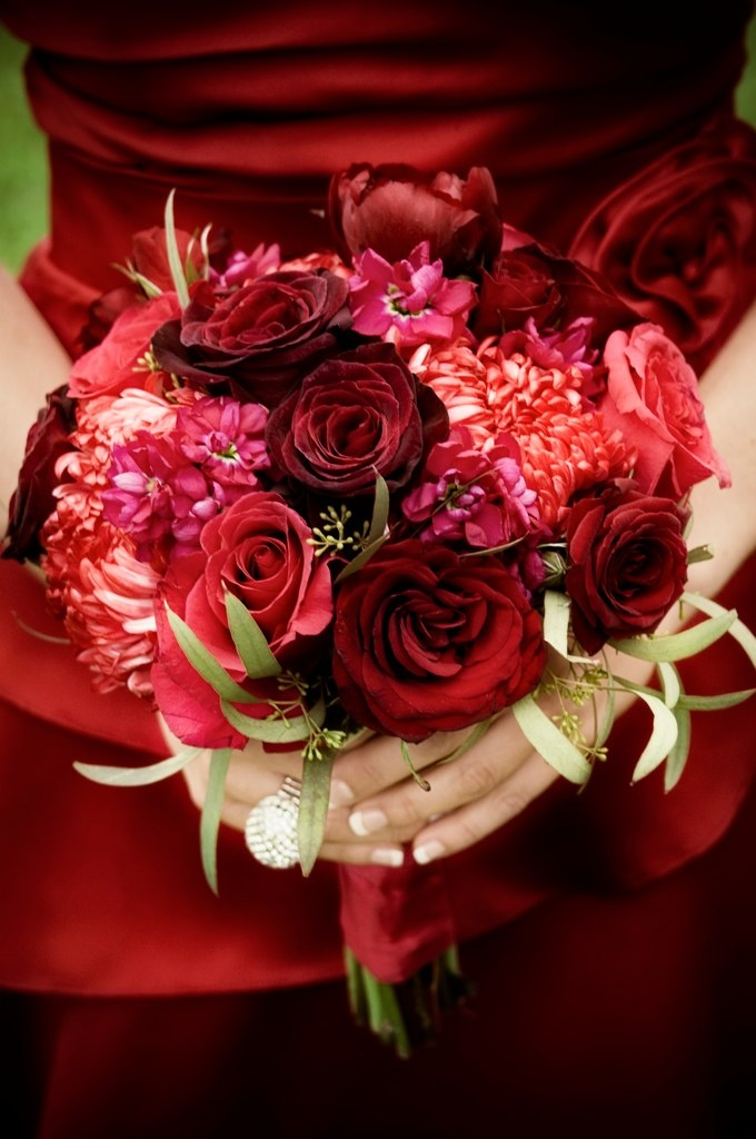 Beautiful dark red bouquet! by Rachel A Clingen http://www.rachelaclingen.com/
