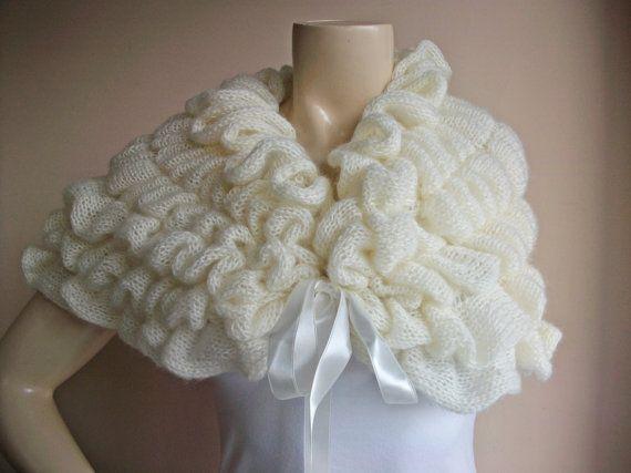 Cream  Bridal Cape/ Wedding Wrap Shrug Bolero/Hand by dreamhouse1