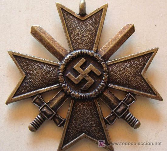 MEDALLA ALEMANIA NAZI. CRUZ DE MALTA VERSIÓN BRONCE. ESVÁSTICA - 1939. CRUZ DE HONOR NS. ALGF