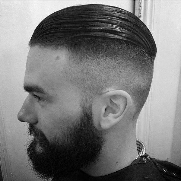 40 Slicked Back Undercut Haarschnitte Fur Manner Manly Frisuren Mann Stil Tattoo Mens Hairstyles Undercut Undercut Hairstyles Mens Hairstyles