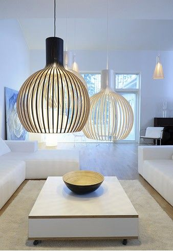 I love the minimalist look of this room!