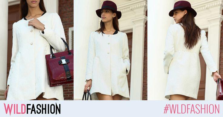 Adauga un strop de glam tinutelor tale: poarta acest palton alb, deosebit de elegant!