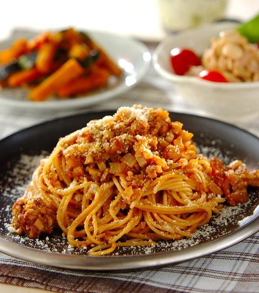 「みそミートパスタ」の献立・レシピ - 【E・レシピ】料理のプロが作る簡単レシピ/2008.12.22公開の献立です。
