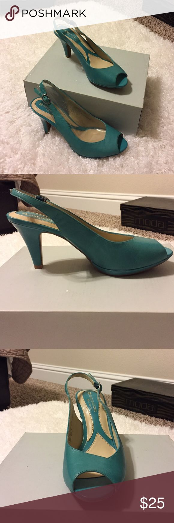 Naturalizer N5 Comfort Teal Sandals New without tags. Naturalizer Sandals. Leather upper. Very comfortable. Size 6.5. Naturalizer Shoes Heels