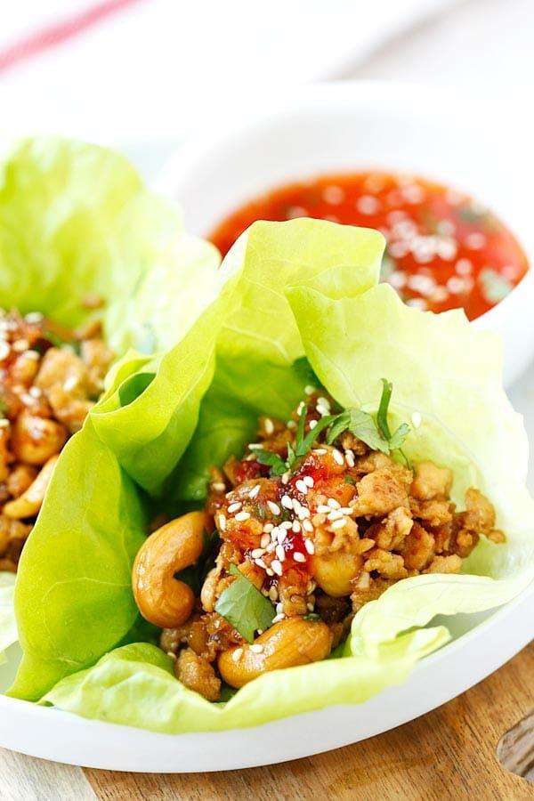 Thai Chicken Wraps de lechuga -, envolturas de pollos sanos y deliciosos fáciles con salsa de chile dulce tailandés.  Tarda 20 minutos para que se querrá que todos los días |  rasamalaysia.com