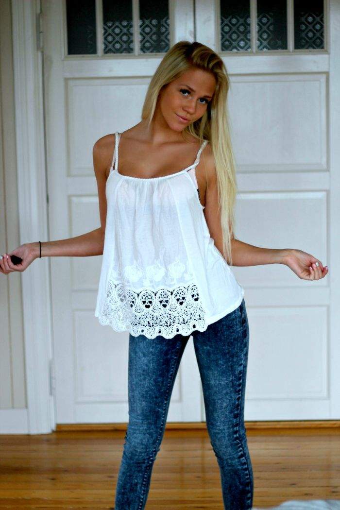 jeans & lace. Love the jeans!