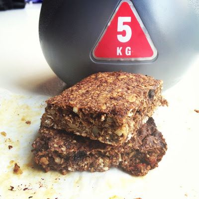 Healthy Protein Bar Recipe high in protein, sugar free and dairy free, nutrition, exercise, fitness, clean eating, weight loss, 12wbt, superfoods, recipe