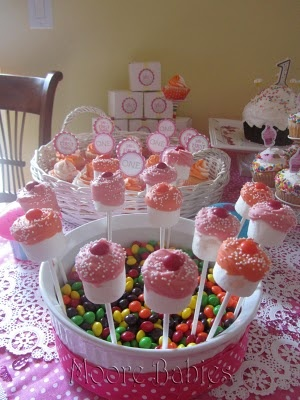 Moore babies: Cupcake Party ::. Jillie's 1st Birthday