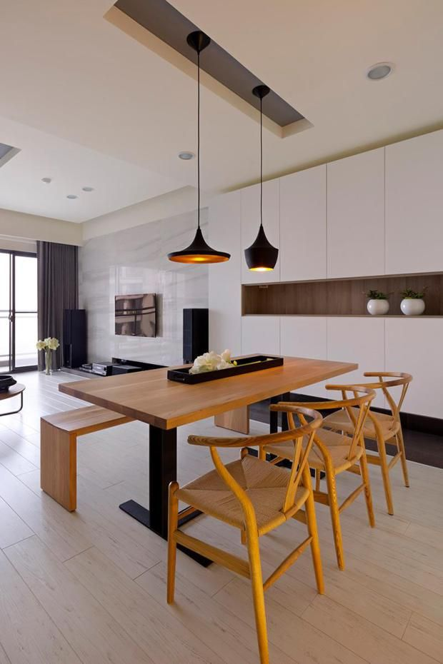 Open Plan Wooden Dining Area 620x930 Open Plan House With A Modern Flair