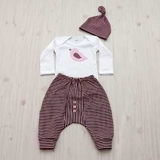 Handmade. Bubble Pants, Body Vest & Knotty Hat set. www.soulnaurals.co.za