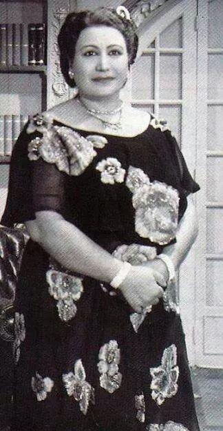 فردوس محمد أشهر من لعبت دور الأم في السينما المصرية