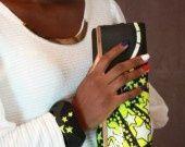 #clutch yellow #neon #bag, with matching jewels (earrings/bracelet/wristlet) hand made by Mij http://www.alittlemarket.com/boutique/mij-659285.html   #Pochette pour soirée avec un ensemble boucle et bracelet. Portez votre pochette à main mij sur vos robes de soirée à votre sauce !! il est custumisé avec un tissu noir décoré de petites #étoiles jaunes. Matériaux utilisés : #Coton