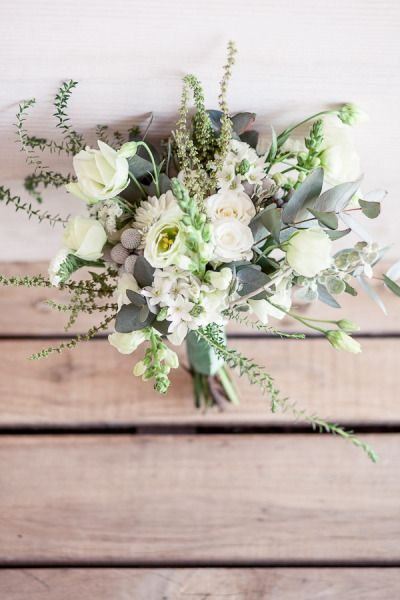 white and green bouquet | Photography by Tasha Seccombe, Floral & Event Design   Planning by 4 Every Event