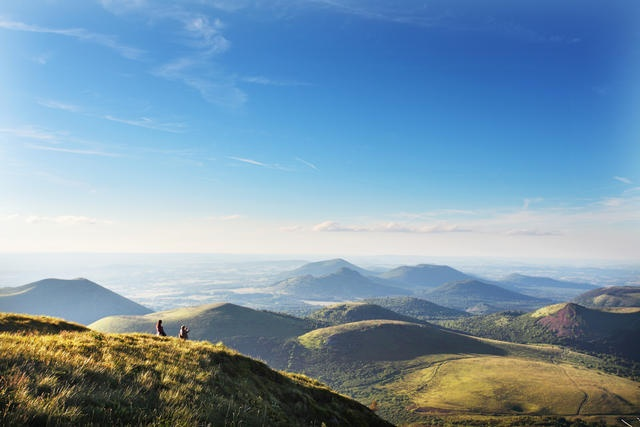 Holidays in the Auvergne: Discover the Puy de Dome and Clermont - Ferrand