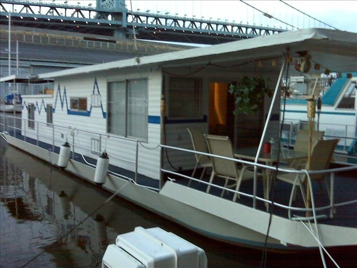 House boat vacation rental in philadelphia from for Cabin rentals near philadelphia