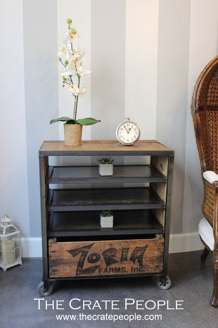 ZORIA Media Cart with shelves    Custom Crate Furniture    Vintage Wood  Crates and. Best 25  Vintage wood crates ideas on Pinterest   Vintage crates