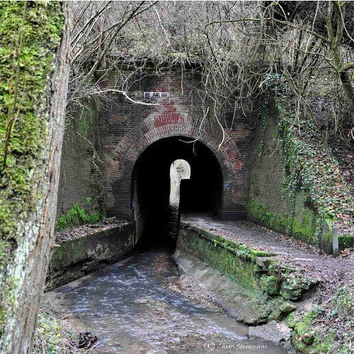 Eyserbeek and walkingpath under railway