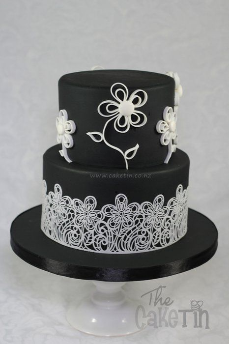 Black And White With Lace And Quilled Flowers Cake By The Cake Tin