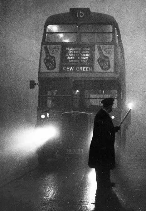 """London smog, 1952 (it claimed 4,000 lives that year alone)و إه يعنى قنبله ذره ؟  مانا  كمان عندى قنبله (FAT WIFE) !  و عندى ذُريه (KIDS)  !!! دارى جمالك !  لا تصيبك عين !  و إبتدى باللباس/السروال - مهما بلغت درجة الحراره حداكم !  عيب !  ما يصحش! و إذا بُليتم فإيه ؟ فاستتروا AINT FITTIN!! مش فارش البضاعه كلها كده بالمفتشر و على عينك يا تاجر و اللى ما يشترى يتفرج و إيش ياخد الريح من البلاط واللى ما يعجبوش يصرف نظر!  خلينا إيه للناس ؟   +++ سعد زغلول،قبل ما يموت، قال إيه ؟؟؟ """"ما فيييييش فايده""""…"""