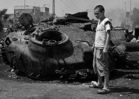 Syrian Tank and FSA child, copyright by Andrew Campbell photography