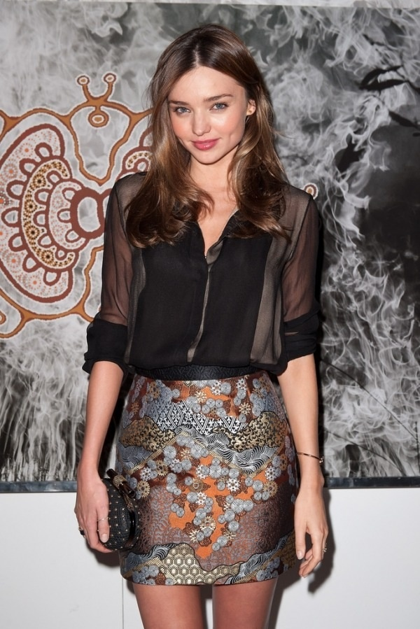 Miranda Kerr in a kimono inspired skirt for a unique yet classy night time look.