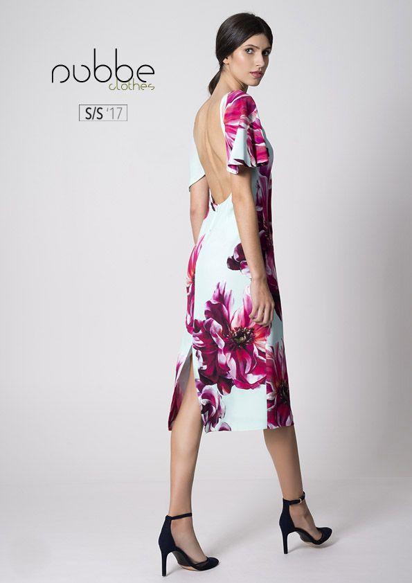 """""""El único modo de ser irreemplazable siempre es ser #diferente"""" Coco Chanel Imagen: #vestido Samoa. Colección Nubbe Clothes S/S ´17 ¿Eres única? Pues claro, todos somos únicos, aunque no todos los #vestidos lo son. Samoa es un vestido con #falda de tubo y mangas de volante, #estampado y espalda descubierta. Una combinación exquisita y #singular que no te dejará indiferente. http://nubbeclothes.com/shop/vestidos-y-monos/vestido-samoa/"""