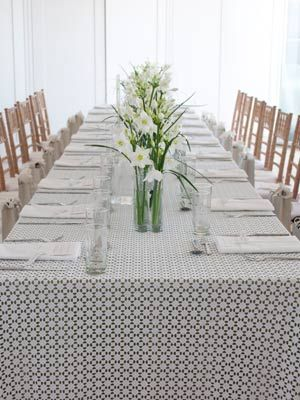 David Stark   White Flowers  -- long live simple!Design Favorite, White Flowers, Living Design, 2013 Best Parties Ev, Stark White, Parties Ideas, Long Living, Living Simple, David Strong