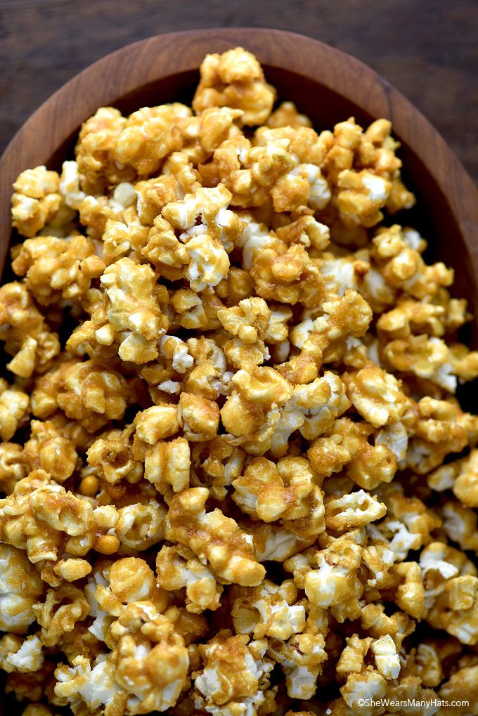 Homemade Caramel Corn Recipe | http://shewearsmanyhats.com/homemade-caramel-corn-recipe/