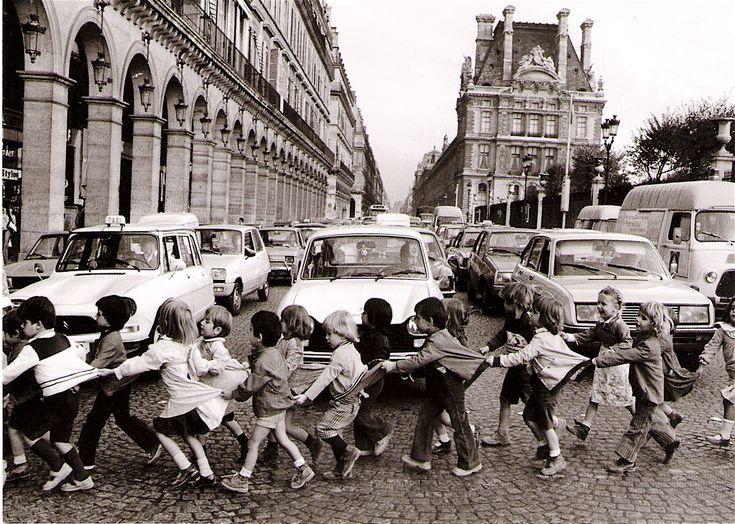 Les-tabliers-de-la-rue-de-Rivoli-19781.jpg (1325×945)