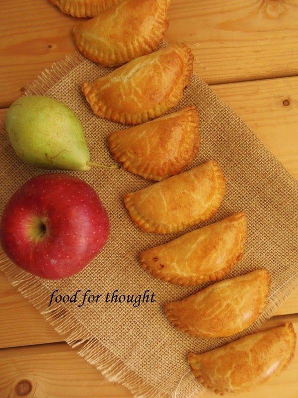 Food for thought: Τυροπιτάκια κουρού