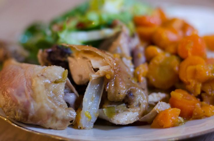 Kylling i römertopf – den hurtige gæstemad der laver sig selv