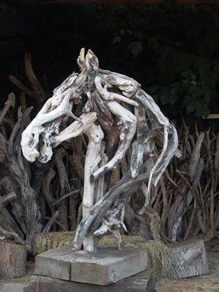 Heather Jansch - Sculptor - Bronze & Driftwood Horse Sculptures