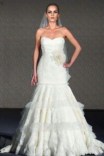 Saison Blanche Wedding Gown - Boutique Collection - Style #B3116