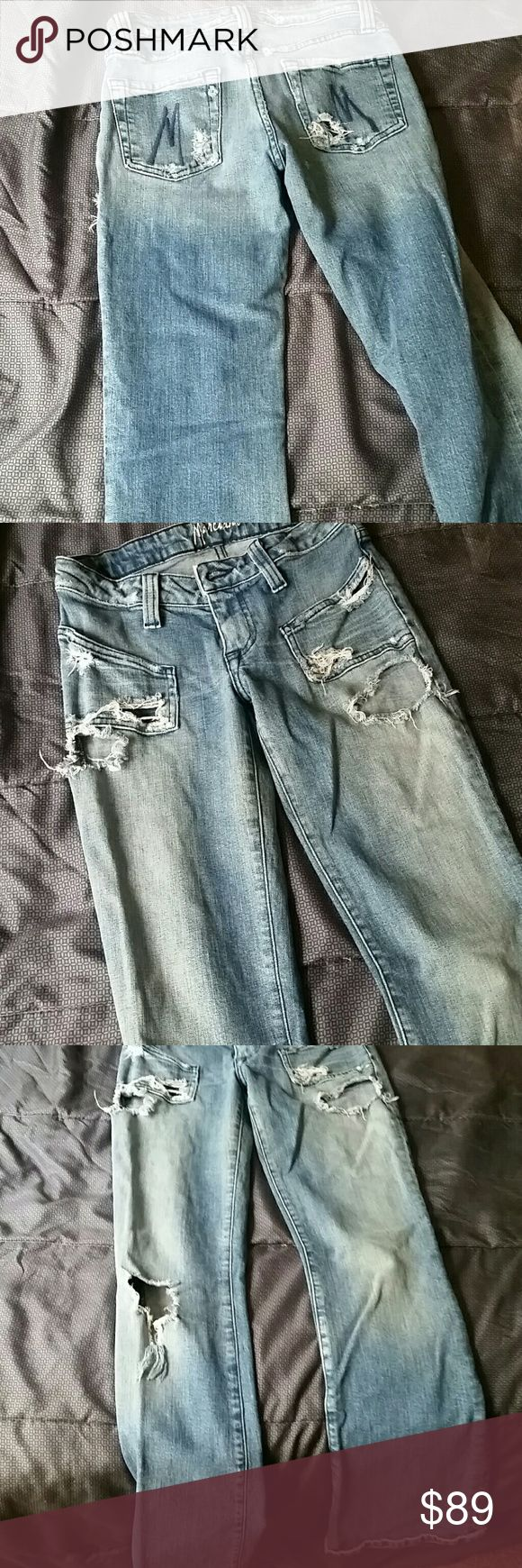 MARCIANO DESTROYED JEANS TIGHT FIT DEYSTROYED. GUESS MARCIANO SIZE 26 SMALL PRE LOVED Marciano Jeans Boot Cut
