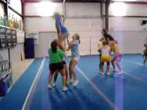 CHEERLEADING cool stunts!! learn from it!! not easy man...